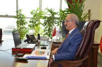 Rektör Karakaya, 'Dünya Liderlik' Çalıştayına Katıldı