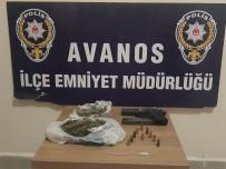 Şüpheli Araçtan Tabanca Ve Uyuşturucu Ele Geçirildi