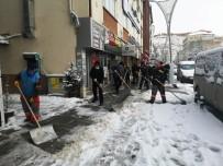 Bayburt Belediyesi'nden Karla Mücadelede Yoğun Mesai