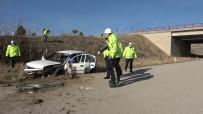 150 Metre Sürüklenen Otomobil Hurdaya Döndü Açıklaması 1 Ölü