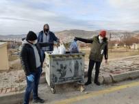 Lisans Öğrencileri Çöp Topladı