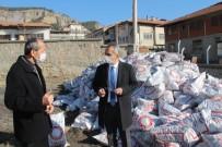 Tosya'da İhtiyaç Sahibi Ailelere Kömür Yardımı Başlıyor