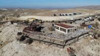 Kapadokya'da Kaçak Yapıların Yıkımı Devam Ediyor