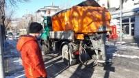 Kars Belediyesi'nin Temizlik Ve Kar Mesaisi Devam Ediyor