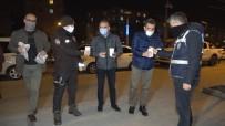 Kısıtlama Nöbeti Tutan Polislere Sıcak Çorba İkram Edildi