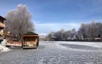 Bayburt'ta Çoruh Nehri Buz Tuttu