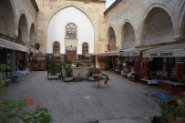 Tarihi Medresede 'Korona' Sessizliği
