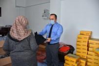 İskilip Belediyesi'nden İhtiyaç Sahiplerine Giyim Yardımı
