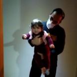 Minik Ömer'in Karantinadaki Sağlıkçı Annesine Özlemi Kamerada