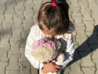 Turgutlu Belediyesi 100 Çocuğun Güzünü Güldürdü