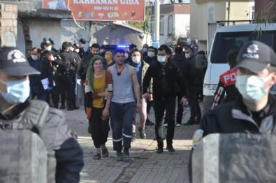Diyarbakır'da kısıtlamada taşlı, sopalı, bıçaklı kavga