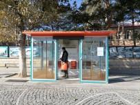 Bayburt'ta Belediye Ekiplerince Toplu Kullanım Alanlarında Dezenfekte Çalışması Yapıldı