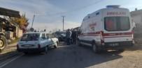 İki Otomobil Kafa Kafaya Çarpıştı Açıklaması 1 Yaralı
