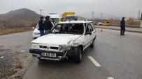 Tosya'da İki Aracın Karıştığı Trafik Kazasında 1 Kişi Yaralandı