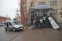 Ağrı'da Hırsızlık Zanlısı 3 Kişiden 2 Si Tutuklandı