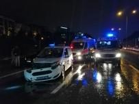 KÜÇÜKYALı - D-100 Karayolunda Trafik Kazası; İkisi Polis Dört Kişi Yaralandı
