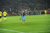 SERDAR AZİZ - İlk Yarıyı Trabzonspor Üstün Bitirdi
