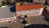 İMAM HATİP ORTAOKULU - İstanbul'da Depremde Ağır Hasar Gören 8 Okula Yıkım Kararı