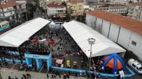 FESTIVAL - İstanbul'da Kar Yağdı, Çocuklar Doyasıya Eğlendi