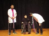 ATATÜRK KÜLTÜR MERKEZI - Turgutlu Belediyesinden Elazığ Yararına Tiyatro Oyunu