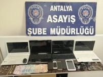 KOL SAATI - Antalya'da Kapı Göbeklerini Kırıp 11 Evi Soyan Hırsızlar Yakalandı