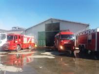 İTFAİYE ARACI - Kahramanmaraş'ta Çiftlik Yangını