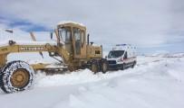 Mazıdağı'nda Kar Nedeni İle Kapanan Yollar Ulaşıma Açıldı