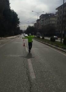 Trafik Polislerinin Sürücülere Yönelik Denetimleri Devam Ediyor