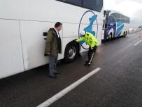 EMNIYET KEMERI - Van Polisinden Kış Uygulaması