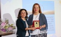 MUSTAFA AKAYDıN - AÜ'de Prof. Dr. Tomris Özben'e Emeklilik Töreni