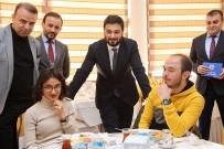 KAĞITHANE BELEDİYESİ - Başkan Öztekin Üniversitelileri Misafir Etti