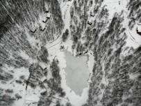 KAR KALINLIĞI - 'Ulugöl Tabiat Parkı'nın Muhteşem Güzelliği