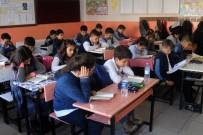 YARIYIL TATİLİ - Van'da 310 Bin Öğrenci Ders Başı Yaptı