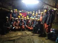 Üç Aydır Maaşlarını Alamayan İşçiler Maden Ocağından Çıkmıyorlar