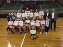 Nazmiye Demirelli Sultanlar, Yarı Finallere Damga Vurdu