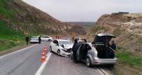 Şanlıurfa'da 3 Otomobil Çarpıştı Açıklaması 7 Yaralı