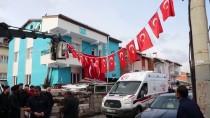 ŞEHADET - İdlib Şehidi Uzman Onbaşı Ramazan Nayir'in Sivas'taki Ailesine Acı Haber Verildi