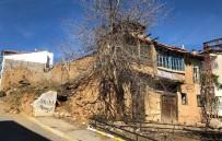 Tehlike Arz Eden Yapılar Tespit Edilerek Yıkılıyor
