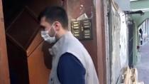 ALI YıLDıZ - Beyoğlu Belediyesi İhtiyaç Sahibi Yaşlıların Evlerine Yardım Götürüyor