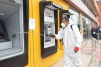 ÖĞRENCİ YURTLARI - Büyükşehir Ekipleri ATM'leri Dezenfekte Ediyor