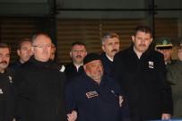 ŞEHİT BABASI - Şehidin Cenazesi Sivas'a Ulaştı