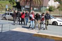 ZİYNET EŞYASI - Alanya'da 20 Ayrı İş Yerinden Hırsızlık Yapan Şüpheliler Tutuklandı