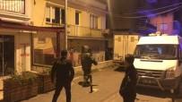 BOMBA İMHA UZMANI - Kuşadası'nda Şüpheli Paket Paniği