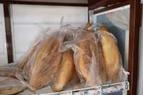HER AÇIDAN - Marmaris'te Sebze Ve Meyvelerin Ardından Ekmeklerde Poşete Girdi