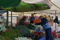 ÇIĞLI BELEDIYESI - Çiğli'de Zabıta Ekiplerinden Pazar Yerlerine Eldiven Dağıtımı
