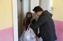 SALIH AYHAN - Evden Çıkamayan Yaşlıların Yardımına Koşuyorlar