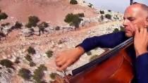 AŞIK VEYSEL - ABD'li Müzisyen Aşık Veysel Türküsünü Ölüdeniz Semalarında Çello İle Seslendirdi
