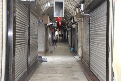 İzmir'de Kuyumcular Kepenk Kapattı