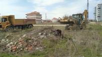 YAĞMUR SUYU - Karaman Belediyesi Dezenfekte Ve Rutin Çalışmalara Devam Ediyor