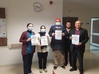 HATIRA FOTOĞRAFI - Sağlık Çalışanlarından Alkışlı Desteğe Teşekkür